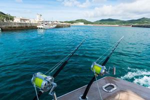 沖縄での釣りを楽しむ!釣れる時間帯を表すキーワード3つの画像