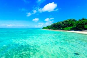 沖縄の海の透明度は抜群。海の美しさの秘密を知ろう!の画像