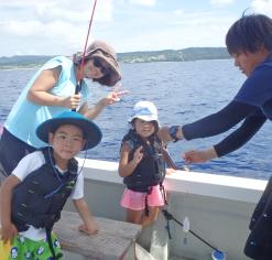 何が釣れる!?みんなで釣り体験プラン